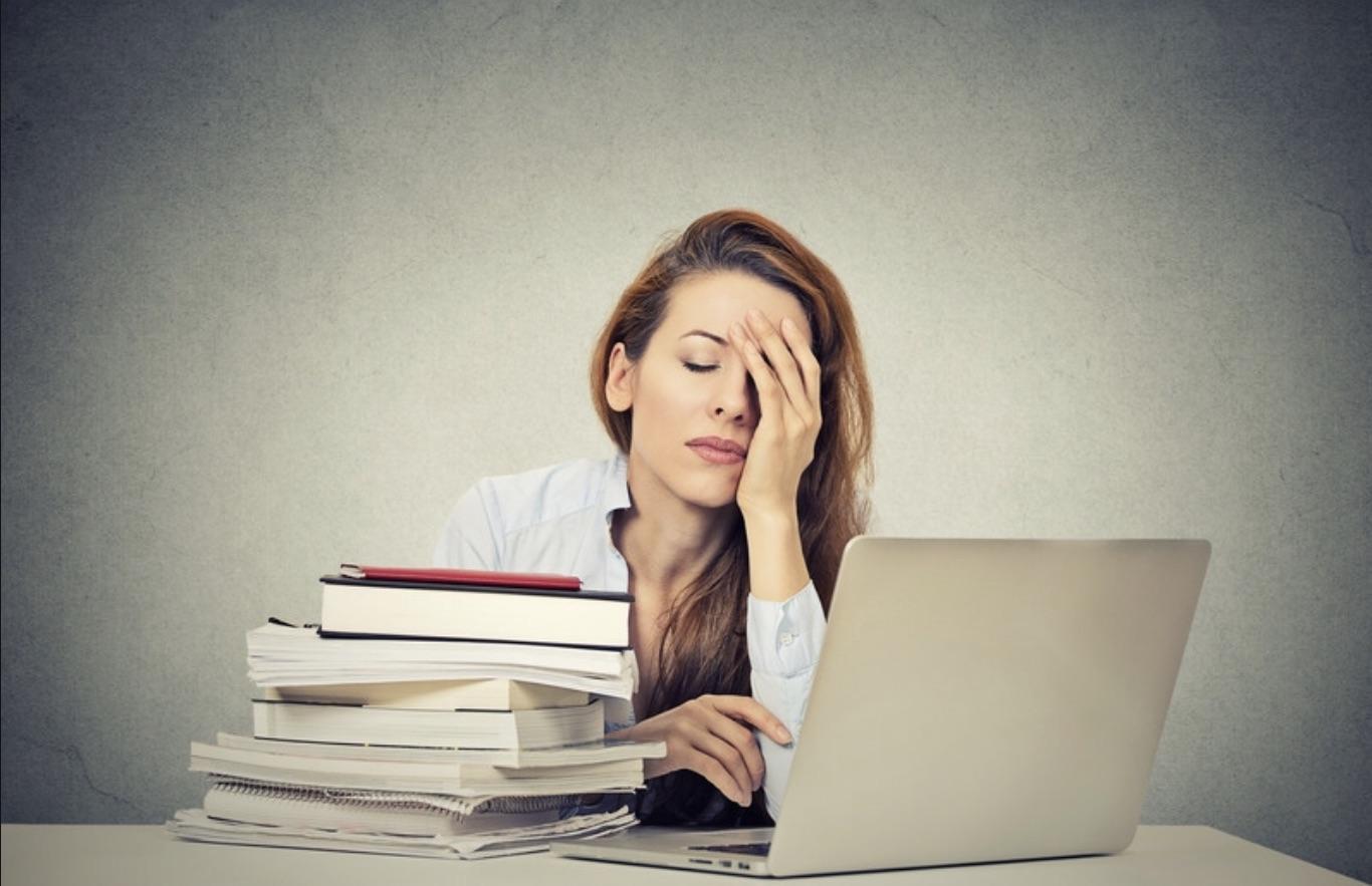 5 Merkmale dafür, dass du die Kontrolle über deine innere Selbstbestimmung verloren hast…